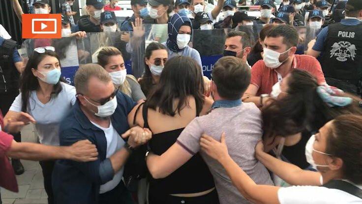 Ankara'da kadınlara polis saldırısı