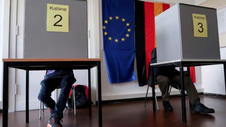 Almanya'da tartışma: Seçmen yaşı 16'ya insin
