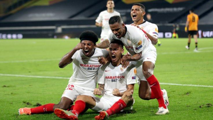 Sevilla ve Shaktar yarı finale yükseldi