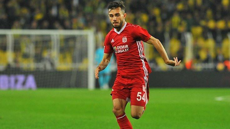 Galatasaray, Emre Kılınç'ı transfer etti