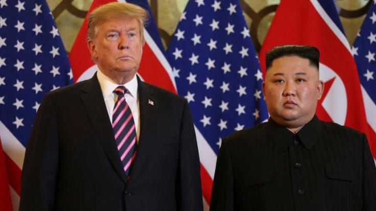 Trump ile Kim'in mektupları kitap oluyor