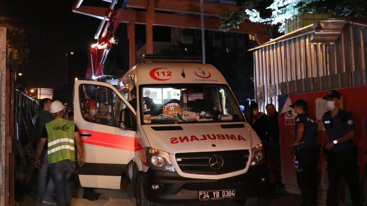 Metro inşaatında vincin sepeti düştü: 2 işçi yaralandı