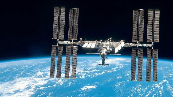 Uzay İstasyonu çarpışmadan manevrayla kurtuldu