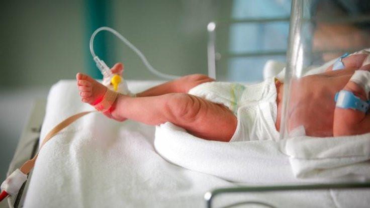 'Covid-19 erken doğum riskini artırıyor'