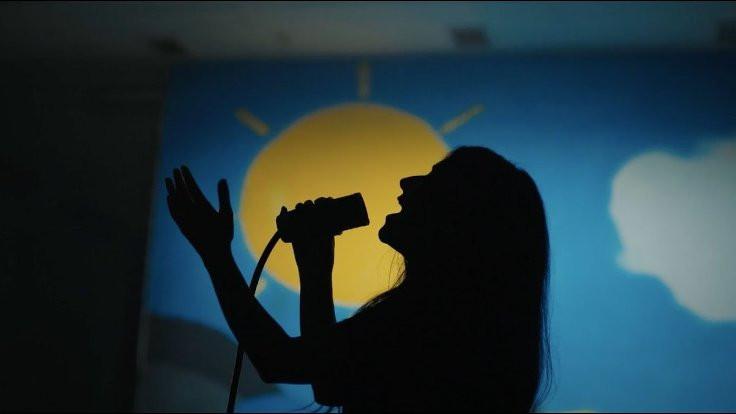 İYİ Parti'den gençlere şarkı