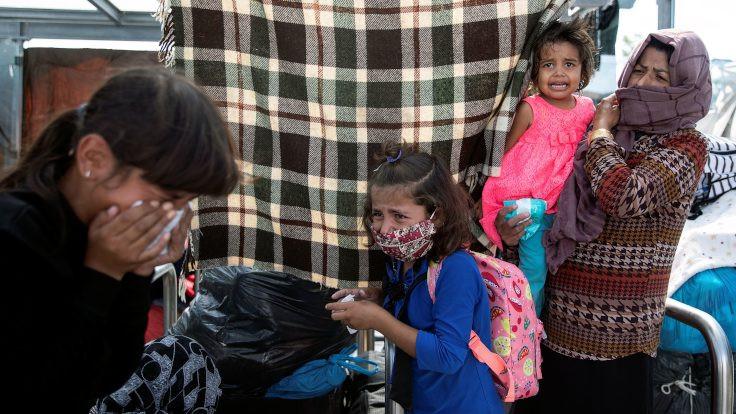 Moria'da sığınmacılara gazlı saldırı