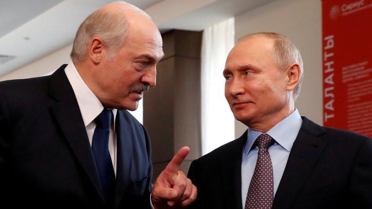 Rusya Belarus'a 1.5 milyar dolar borç verecek
