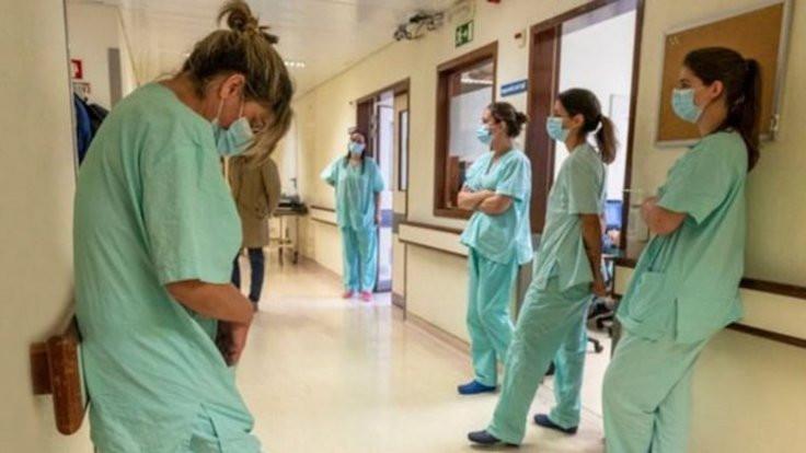 SES: Her 10 korona hastasından 1'i sağlık emekçisi