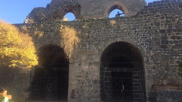 Yedikardeş Burcu'nda 3 iskelet bulundu
