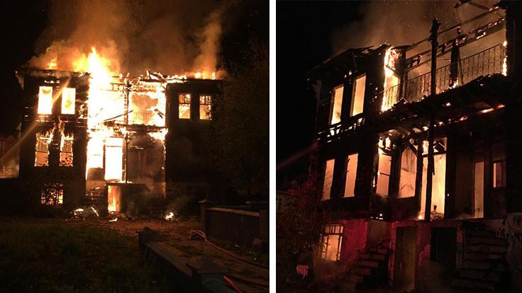 Tescilli tarihi bina yandı