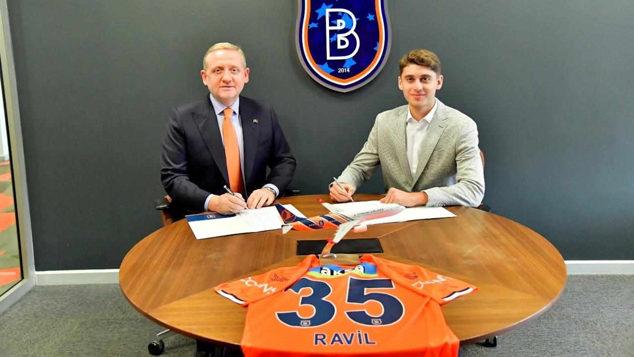 Başakşehir, Ravil Tagir'i transfer etti
