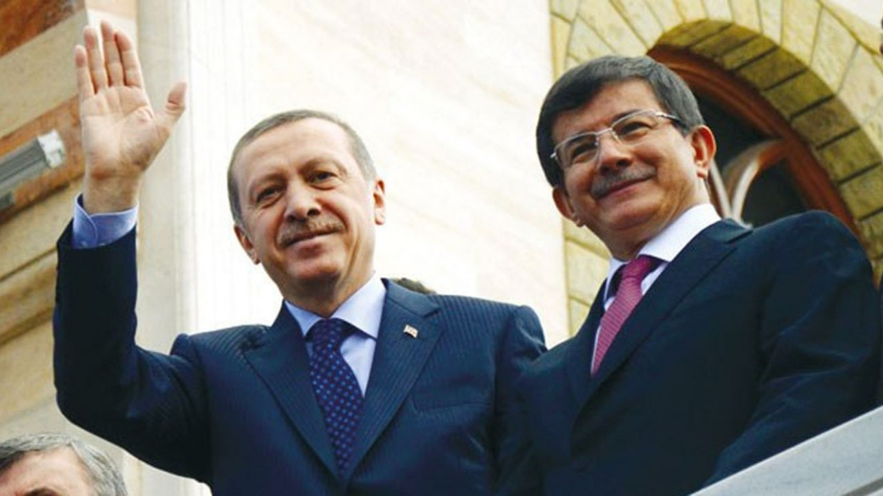 Davutoğlu: Çözüm süreci Erdoğan'ın iki emanetinden biriydi