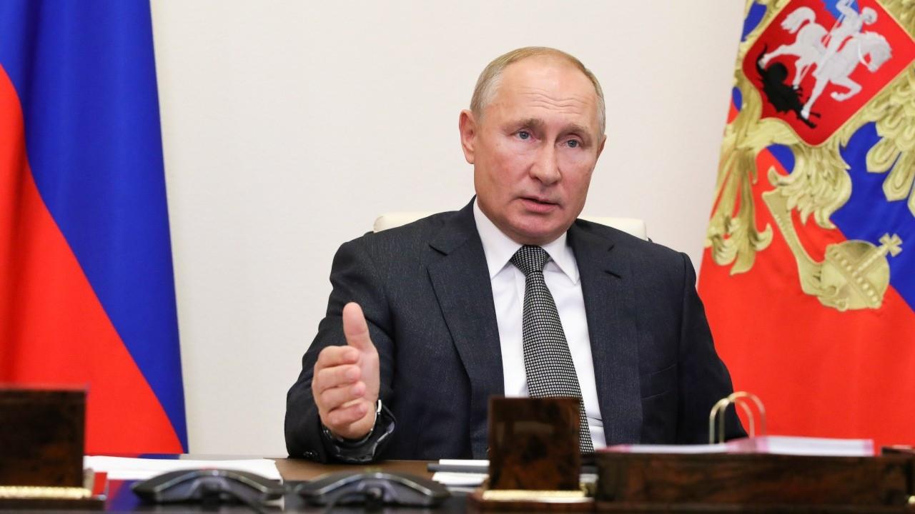 Vladimir Putin korona virüsü aşısı olacak