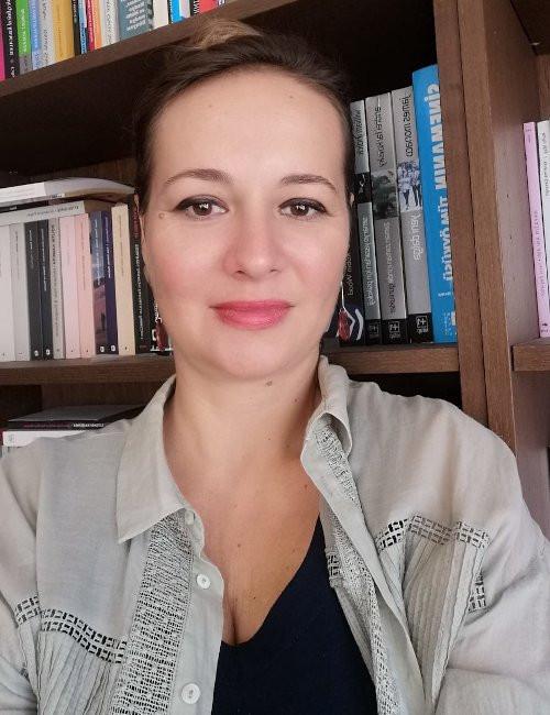 TİHV Akademi üyesi Dr. Zeynep Özen