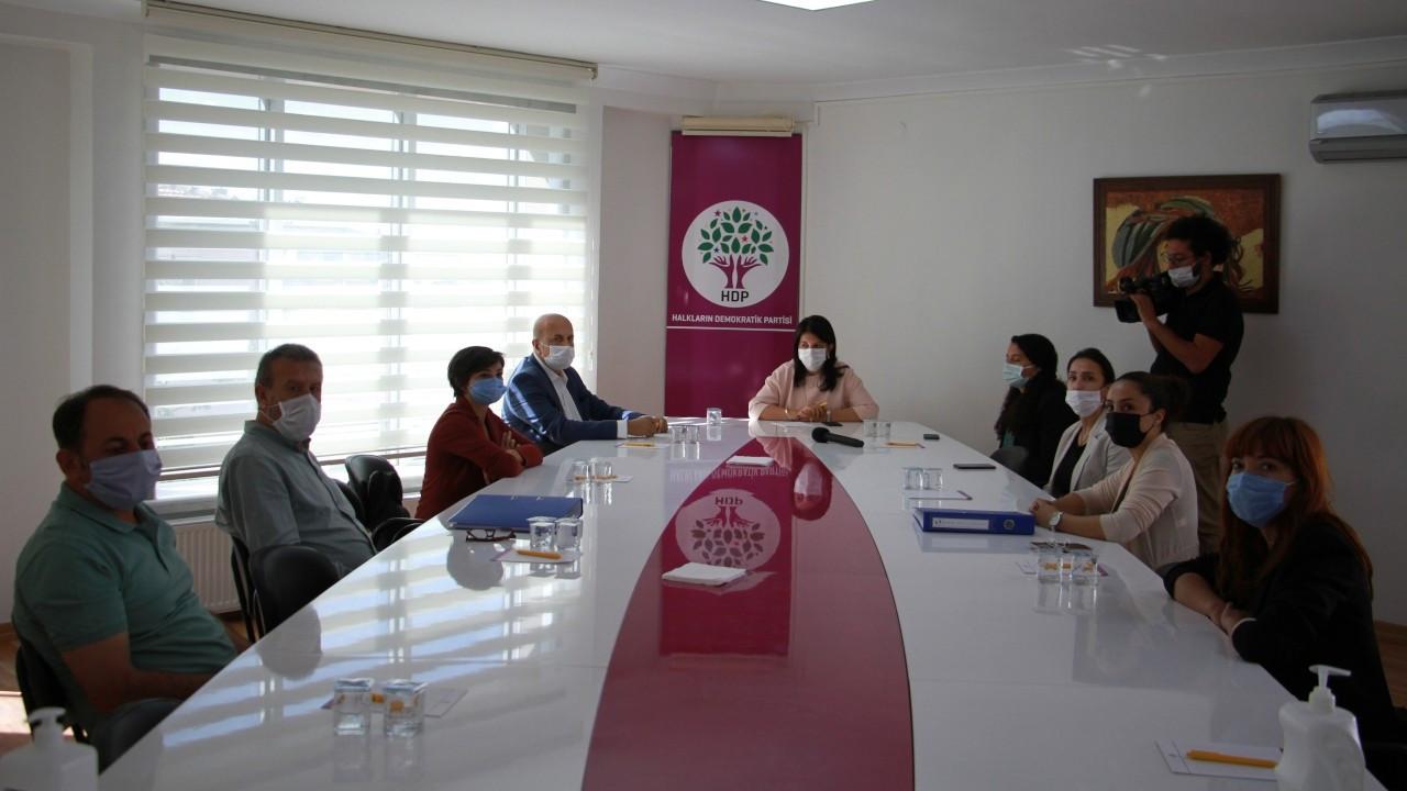 Sağlık emekçilerinden HDP'ye kanun teklifi taslağı