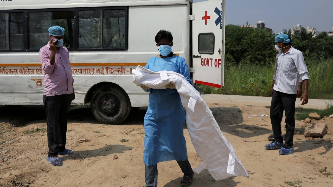 'Hindistan'da gerçek vaka sayısı resmi verilerin 10 katı'