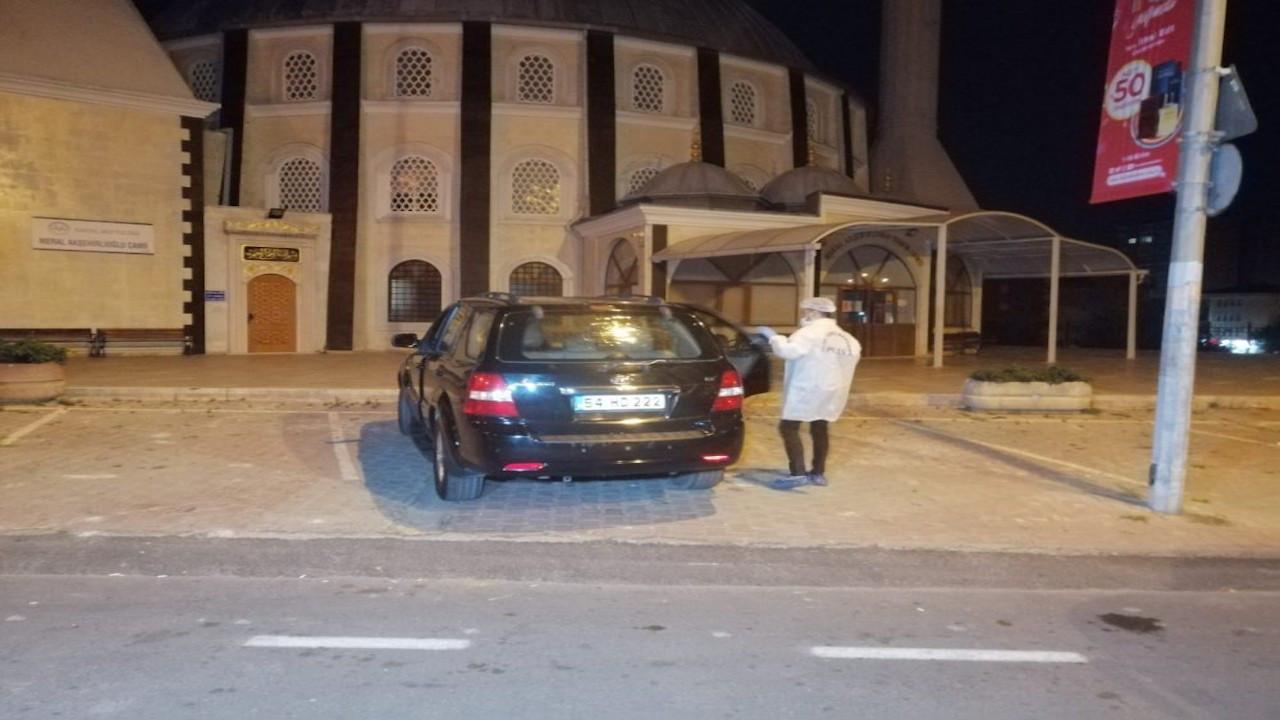 AK Partili eski başkan otomobilinde ölü bulundu