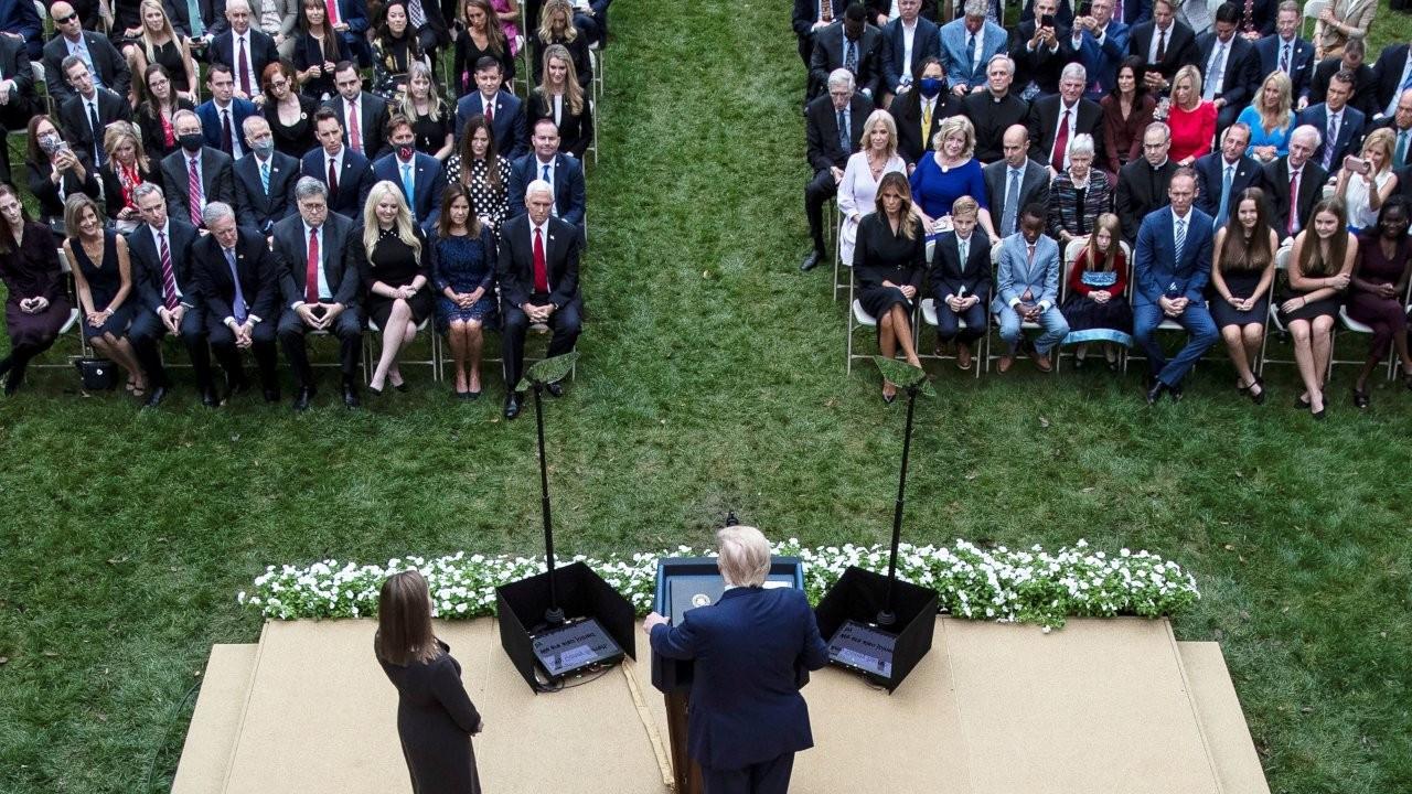 Beyaz Saray'daki 'koronalı' etkinlik mercek altında