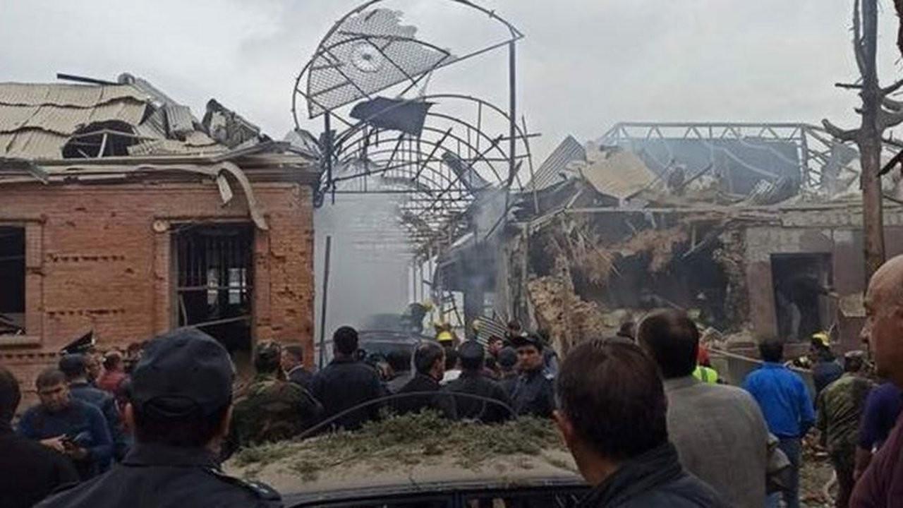 Azerbaycan: Ermenistan Gence kentini top ateşine tutuyor