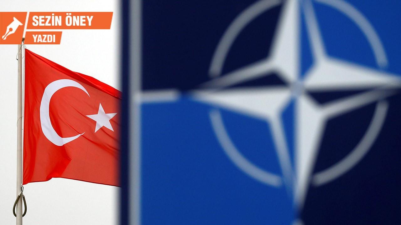 NATO'ya hayat öpücüğü