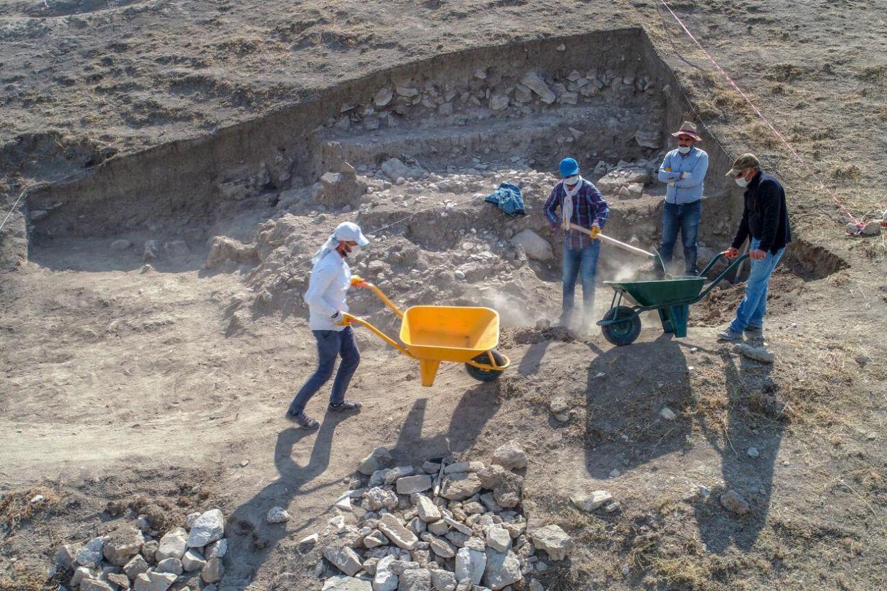 Van'da 5 bin yıl öncesine ait izler bulundu - Sayfa 3