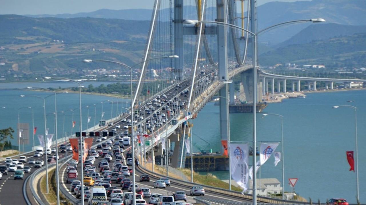 Cumhurbaşkanı Kararı: Bayramda 'yap-işlet-devret'ler hariç köprü ve otoyollar ücretsiz