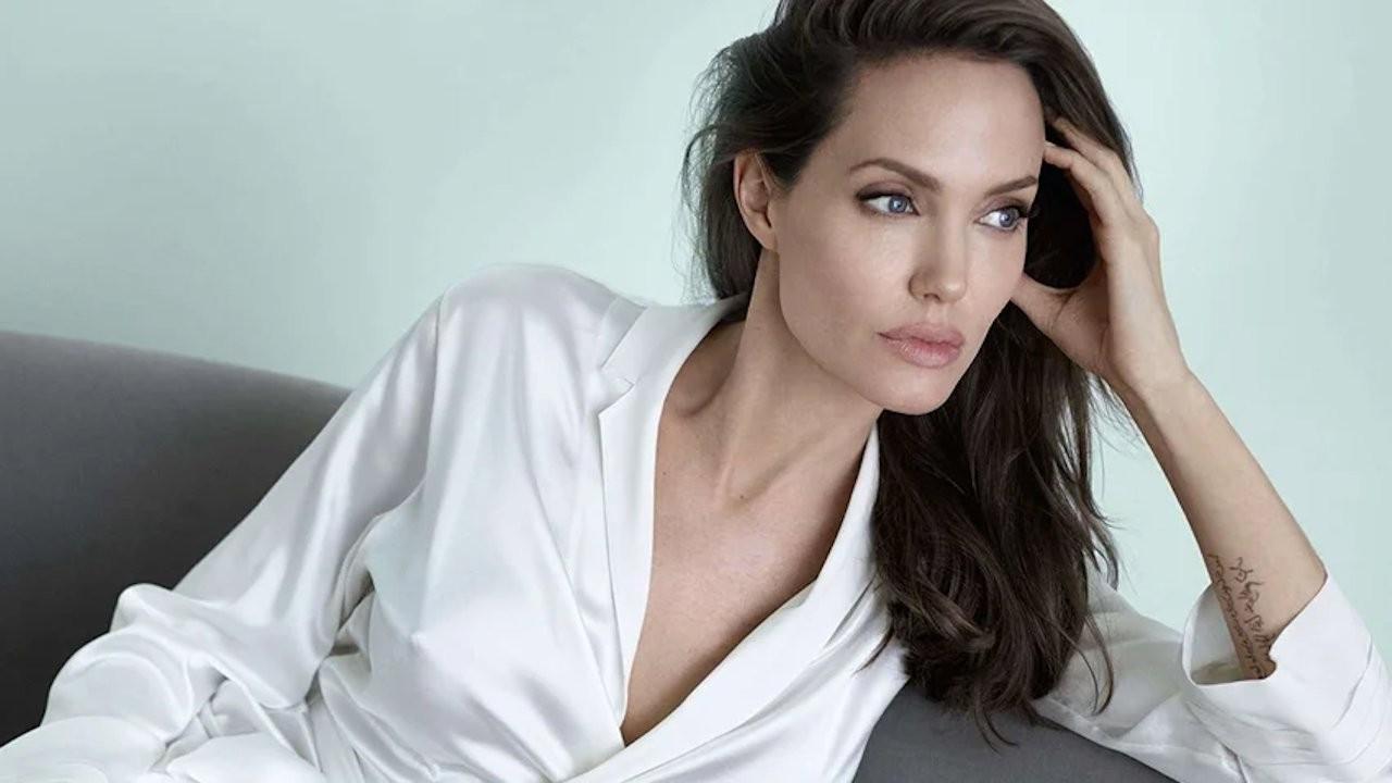 Angelina Jolie çocuklar ve gençler için kitap yazıyor
