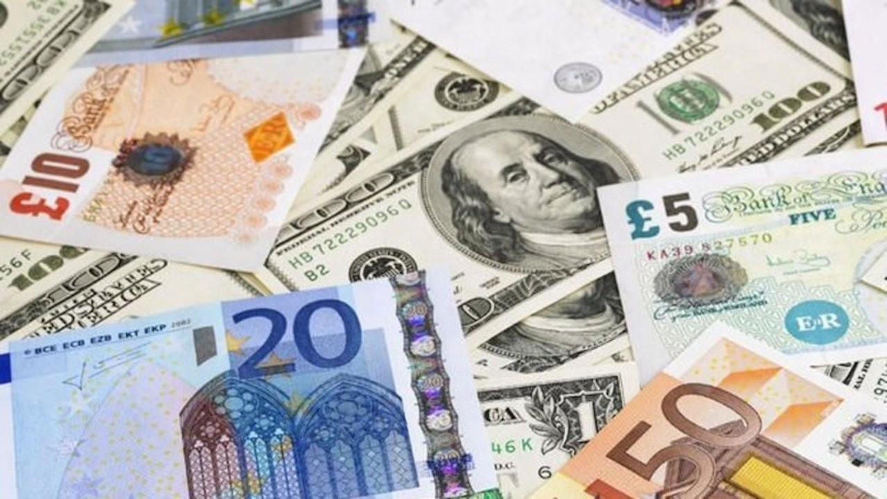 Dolar 7,96 lirayla yeni zirveyi gördü