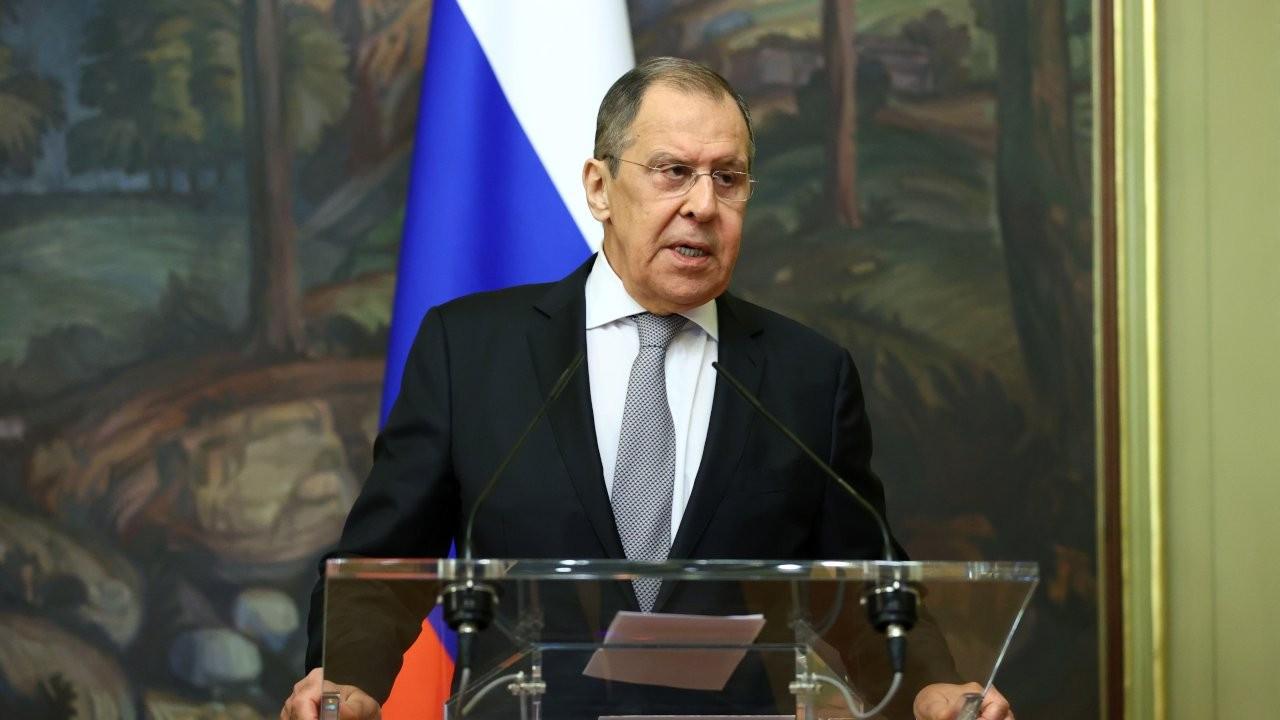 Lavrov: Türk gözlemciler Dağlık Karabağ'a girmeyecek