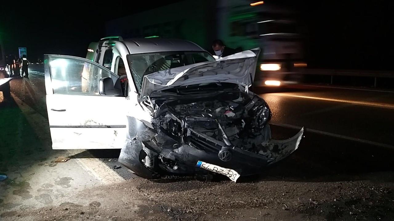 Adana'da ticari araç ile otomobil çarpıştı: 4 ölü, 4 yaralı