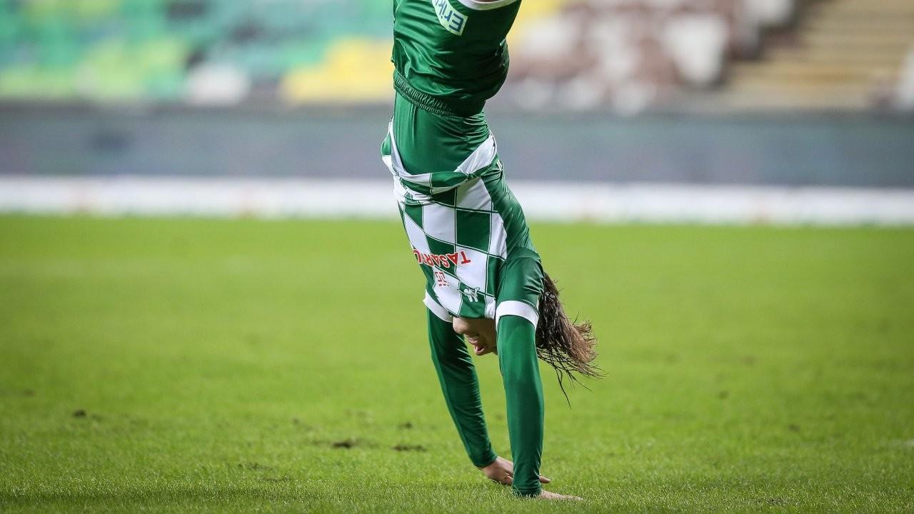 Bursaspor 18'lik gol makinesi buldu