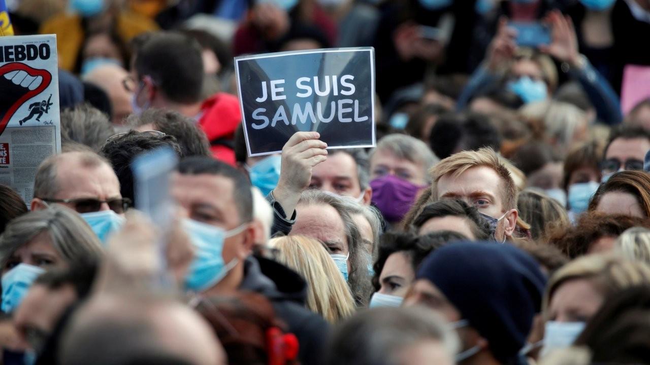 Fransa'da başı kesilen öğretmen için binler sokakta: Ben Samuel'im