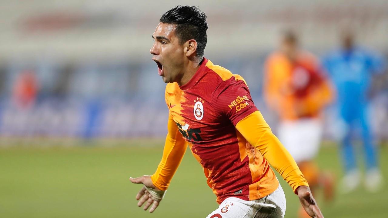 Galatasaray'da Radamel Falcao ile yollar ayrıldı