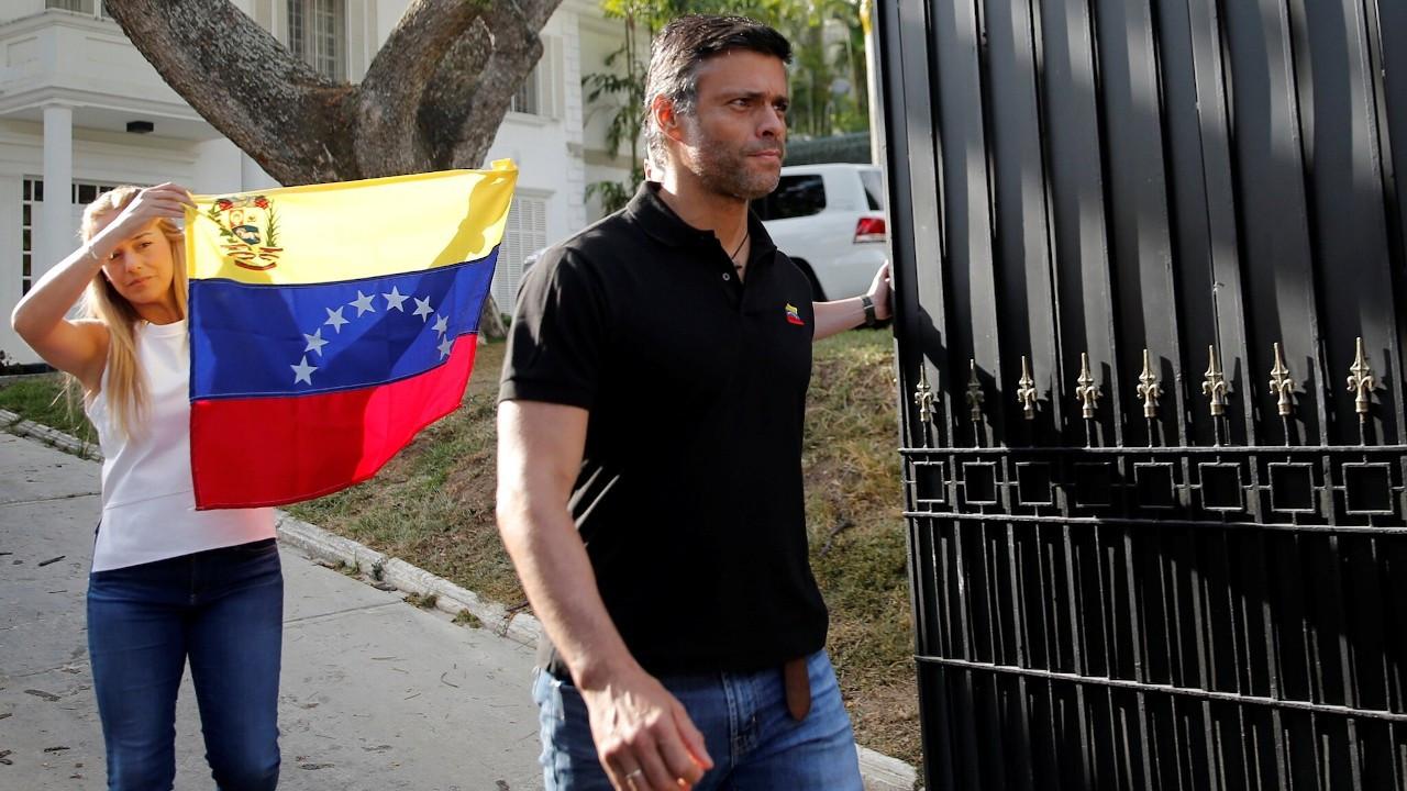 Venezuelalı sağcı lider Lopez İspanya'ya kaçtı