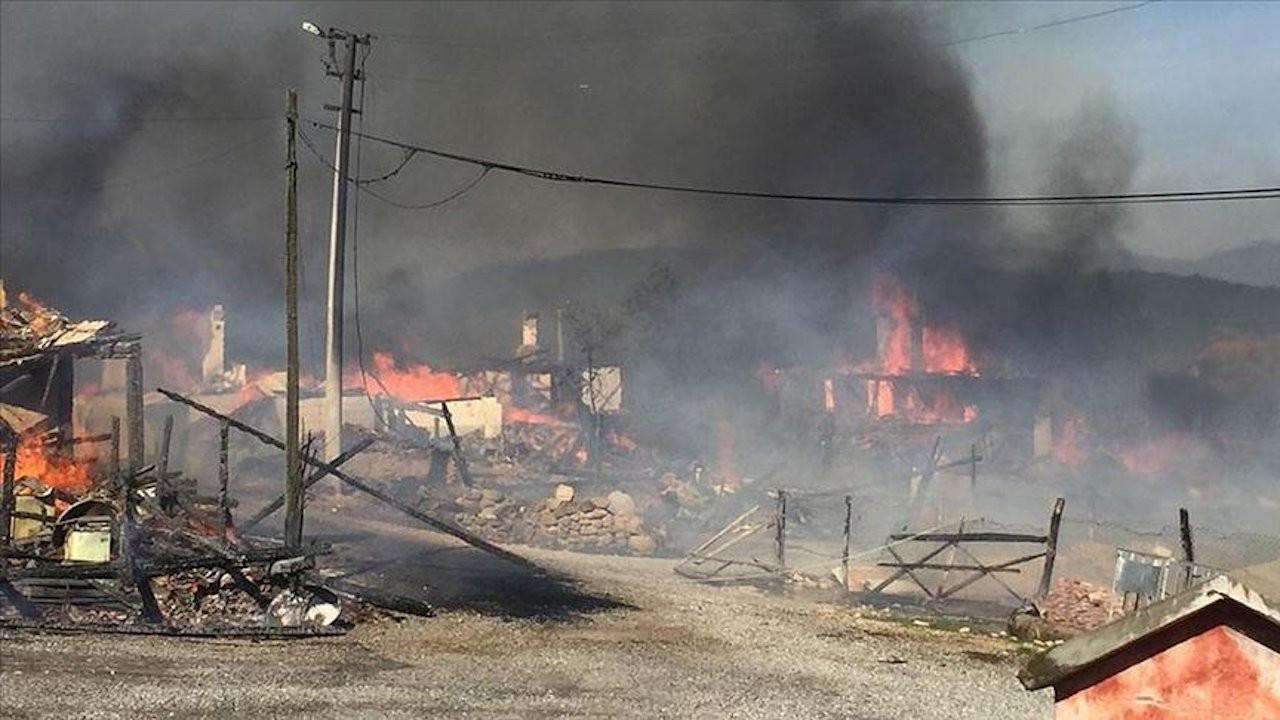 Kuzfındık köyünde çok sayıda ev yandı