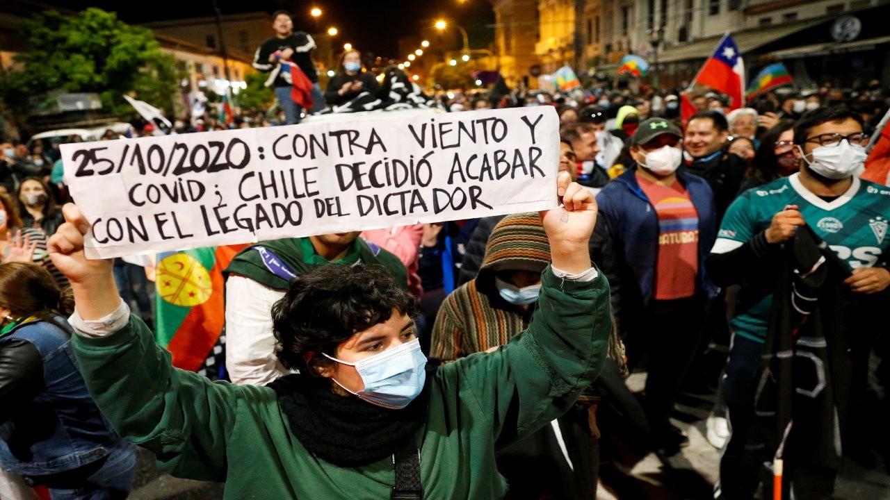 'Yeniden doğuş': Şili'de Pinochet anayasası tarihe gömüldü