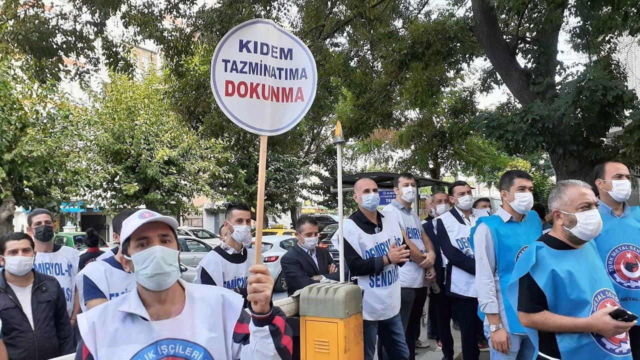Türk-İş 'torba yasa' için sokağa çıktı: Asla izin vermeyeceğiz
