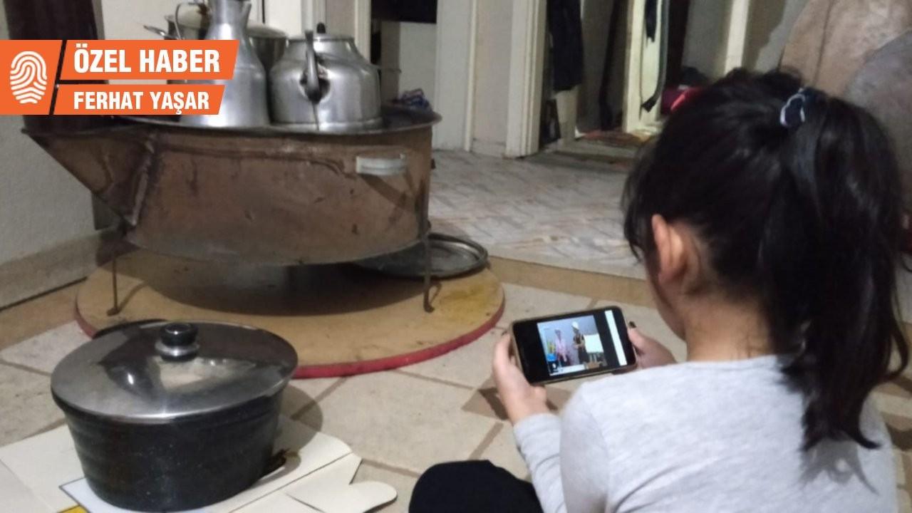 Kürt çocukların online ders sorunu: Sadece bakıyorum