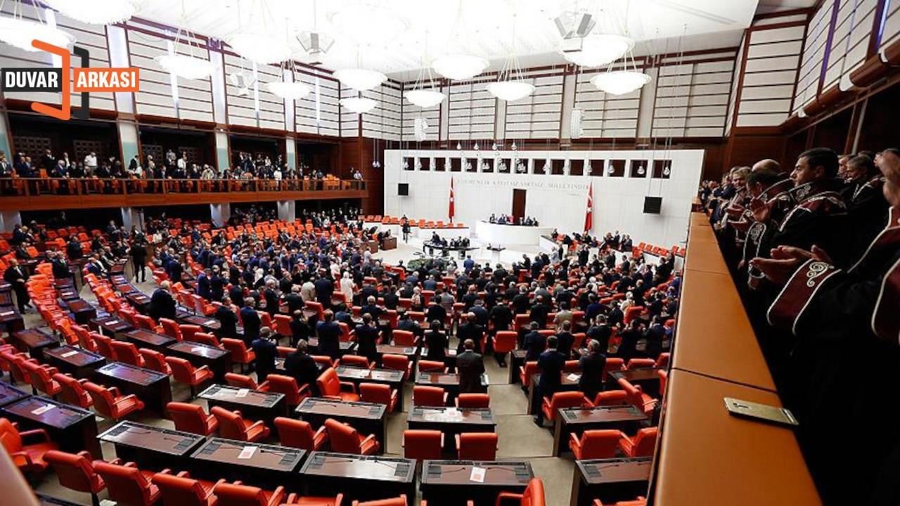 AK Parti'den 'Meclis'te oturmamıza gerek yok' önerisi
