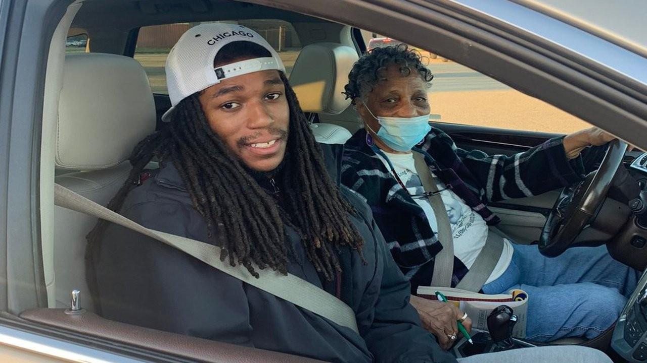 81 yaşındaki babaanne 26 yaşındaki torununu 'zorla' sandığa götürdü