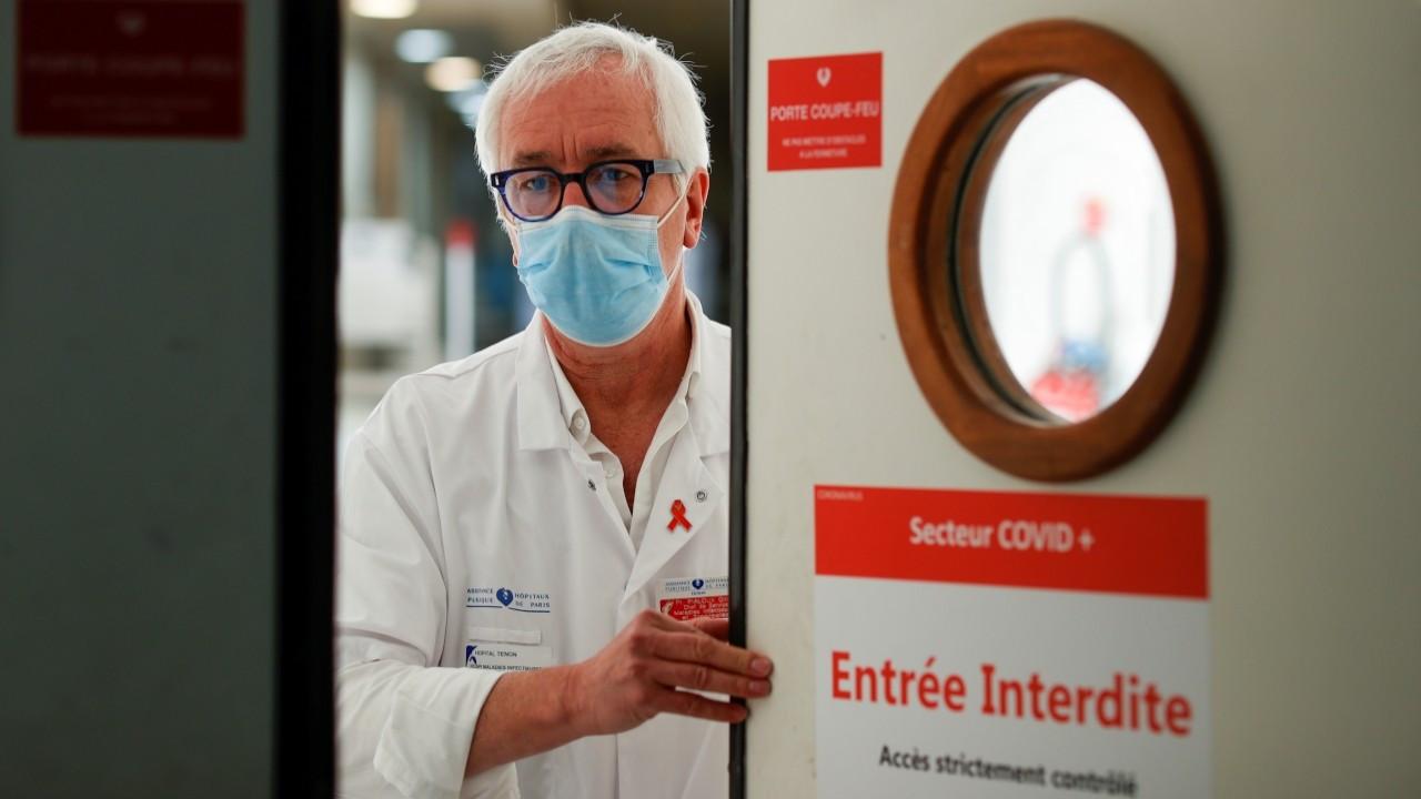 Fransa'da Covid-19 vakaları bir haftada yüzde 150'den fazla arttı