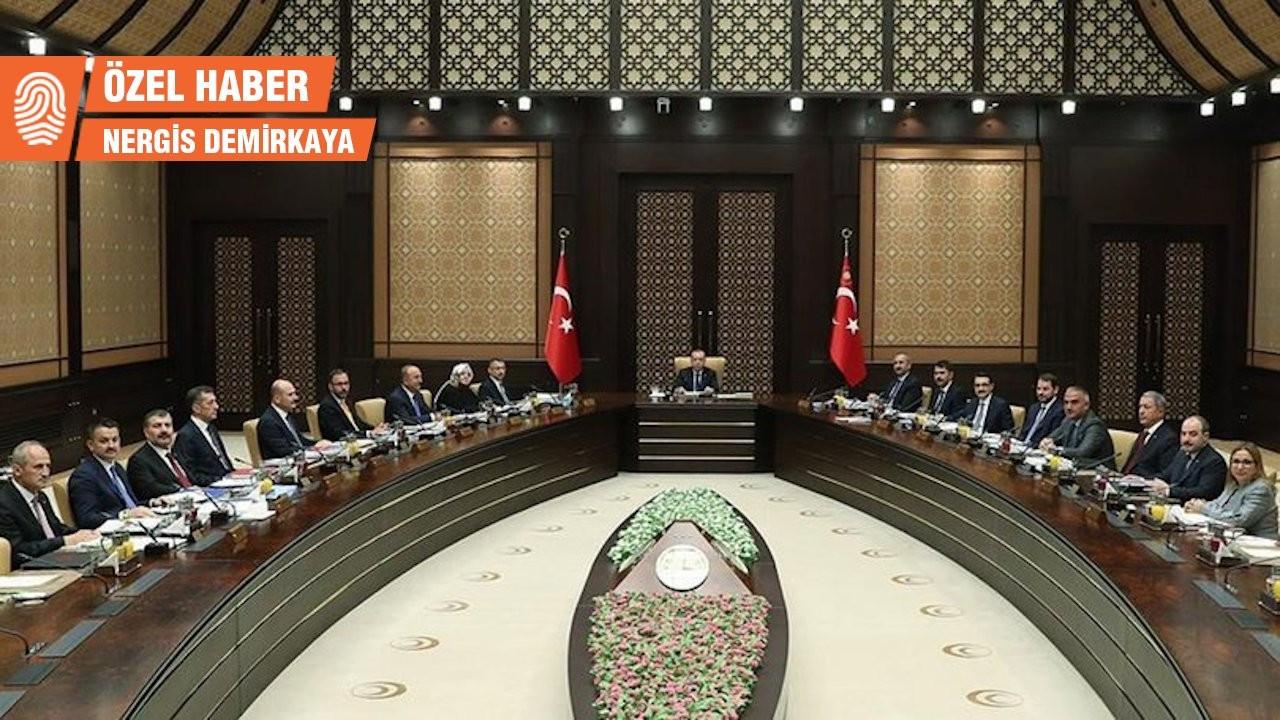 AK Parti'de değişim, muhalefette seçim beklentisi