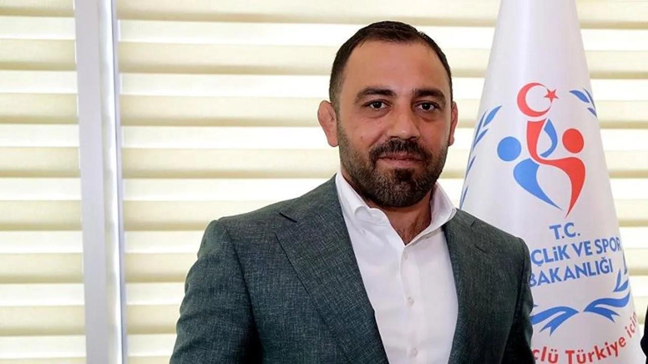 Hamza Yerlikaya, Berat Albayrak tweet'ini sildi