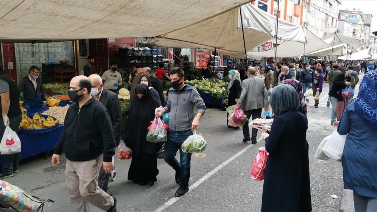 İstanbul'da pazar yerlerinde sigara yasaklandı