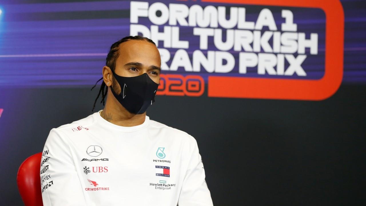 Lewis Hamilton şövalye ilan edildi, 'Sir' unvanı kazandı