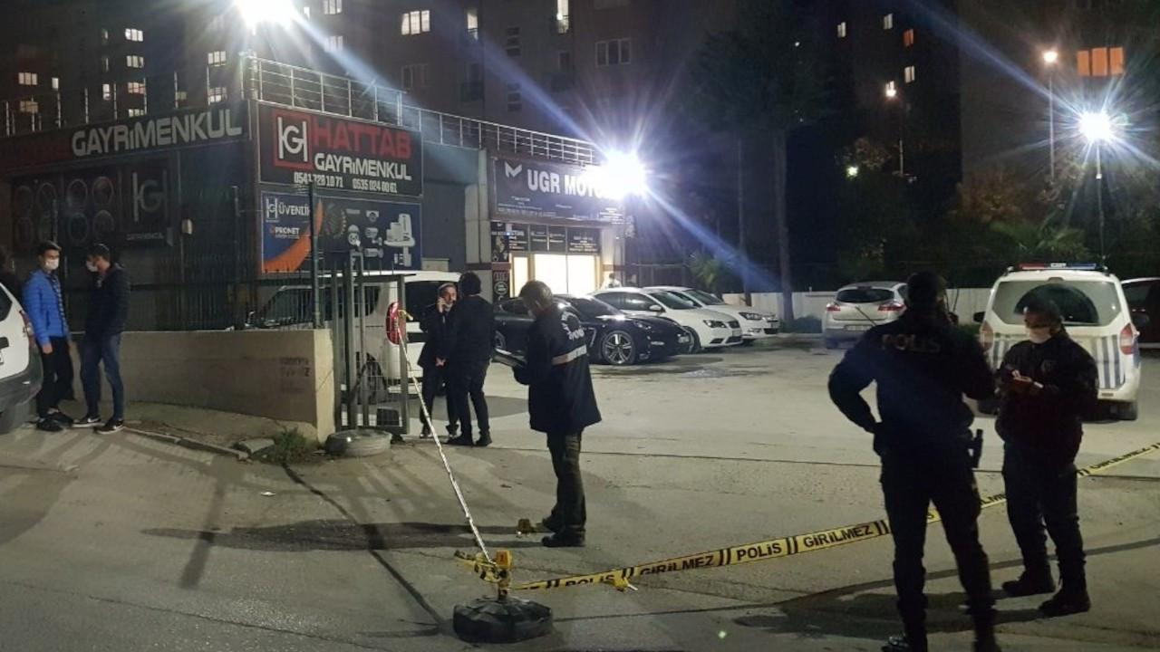 İstanbul'da işyerine silahlı saldırı: 2 kişi yaralandı