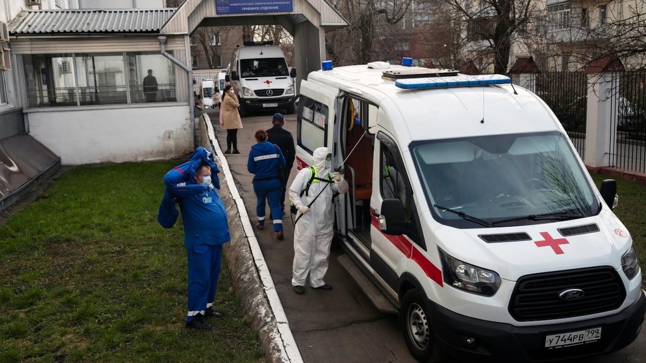 Rusya'da ev partisinde alkol bitince dezenfektan içtiler: 7 ölü