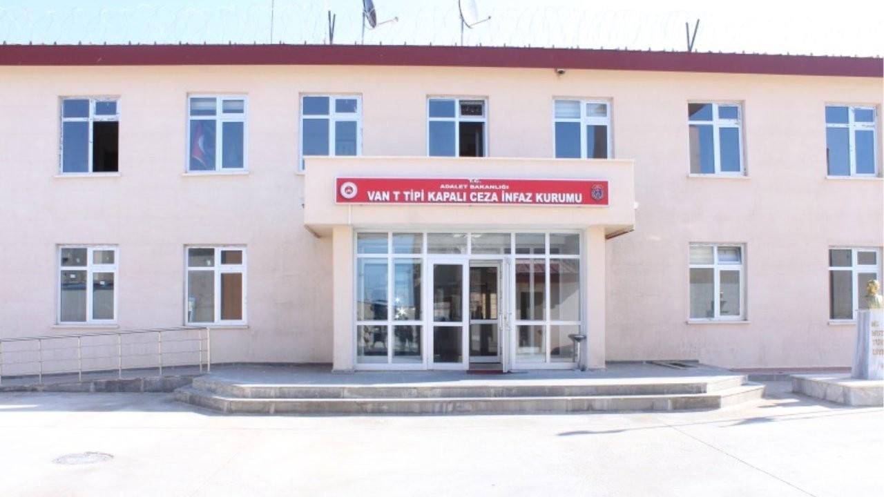 Van Cezaevi'ndeki kadınlardan mektup: Kürtçe yazılan defterler toplatıldı