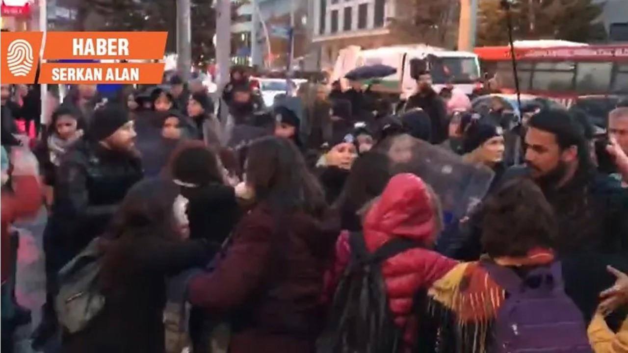 'Las Tesis' eylemine saldıran polislere takipsizlik