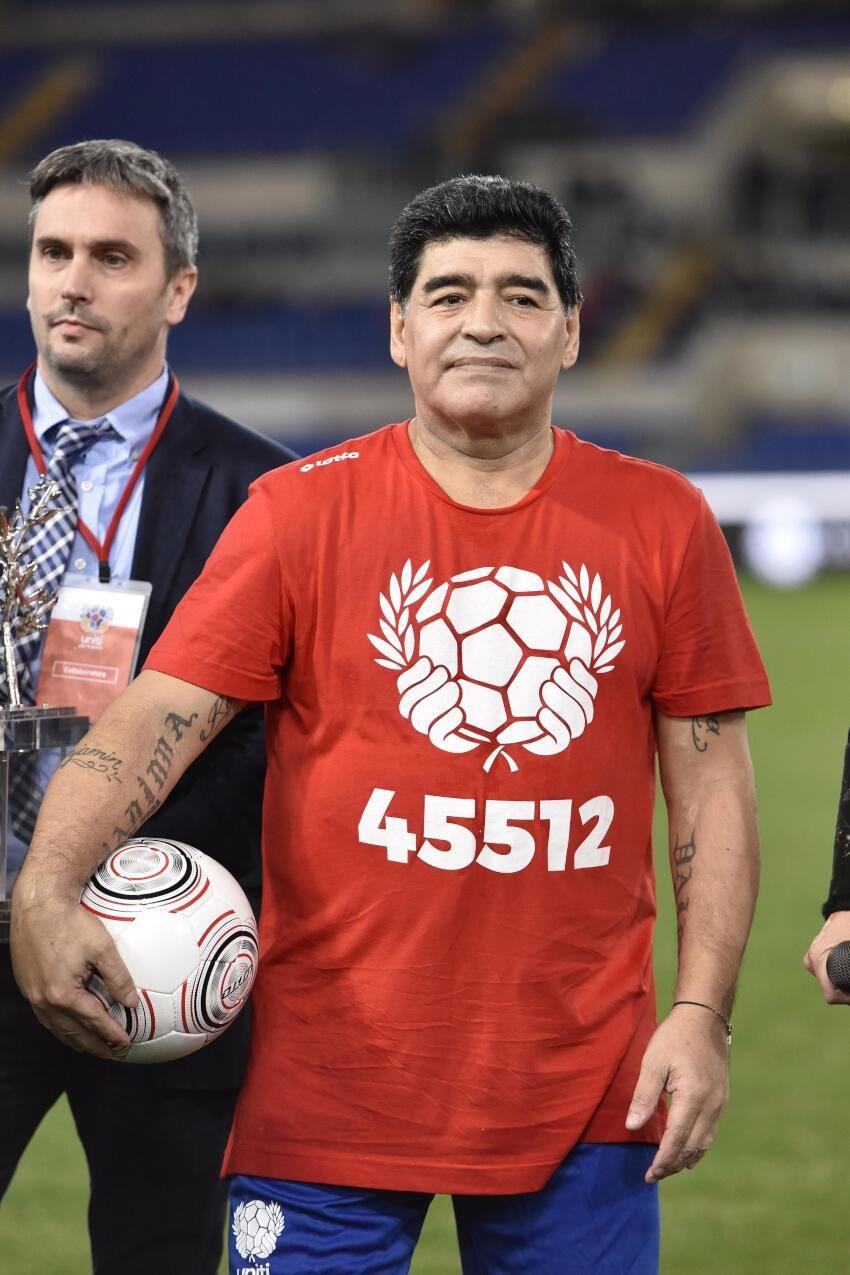 Maradona'nın unutulmaz sözleri: Stres sabah 6'da kalkanlar içindir - Sayfa 1